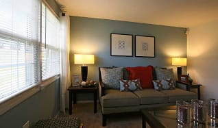 Living Room, Highland Village Townhomes