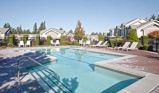 Pool, Canterbury Apartment Homes