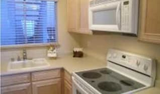 Kitchen, Harborview East