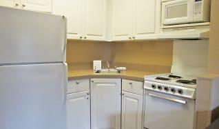 Kitchen, Furnished Studio - Boston - Westborough - East Main Street