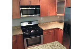 Kitchen, Briarcliff Court Condos