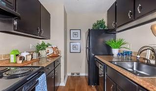 Kitchen, Arbors Of Grandview