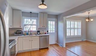 Kitchen, 958 Cottingham Drive