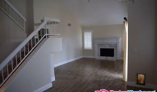 Living Room, 9201 E Davenport Dr