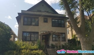 2428 Garfield Ave Apt 4, Loring Park, Minneapolis, MN