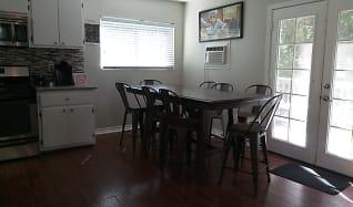 Dining Room, 29046 Hook Creek Rd