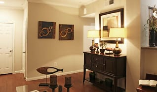 Living Room, Midtown Arbor Place