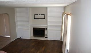 Living Room, 8808 N Rockwell Dr