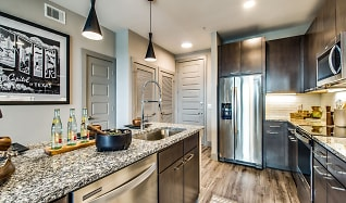 Terrific East Austin 2 Bedroom Apartments For Rent Austin Tx 296 Interior Design Ideas Oxytryabchikinfo