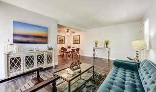 Living Room, The Californian Fountain Apartments