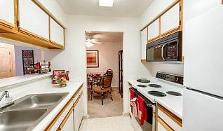 Kitchen, Woodbury Commons