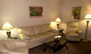 Living Room, Victoria Palms Inn and Suites