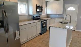 Kitchen, 3412 R St