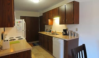 Kitchen, Riverview Apartments