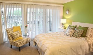Bedroom, The Sapphire at Nassau Bay