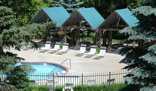 Pool, Chelsea Park Apartments