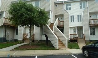 100 Pinewood Rd #127, Virginia Village, Virginia Beach, VA