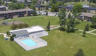 Pool, Laurels of Willow Hill