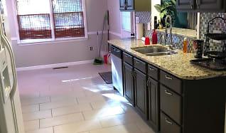 Kitchen, 143 Stoneybrook ct