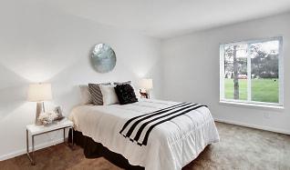 Bedroom, Hyde Park