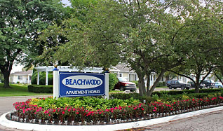 Community Signage, Beachwood Townhomes and Apartments