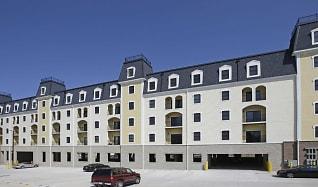 Building, Regency Springs Apartments