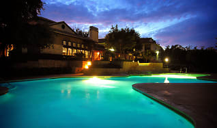 Pool, Hillside Ranch - PER BED LEASE
