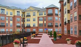 Courtyard, Westville Village Apartments