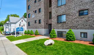 Building, Parkwood Drive Apartments