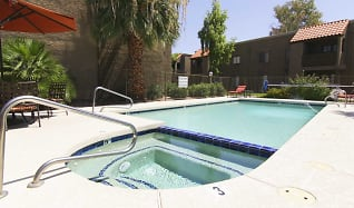 Pool, Scottsdale Place