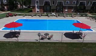Pool, Edgemont Park Apartments