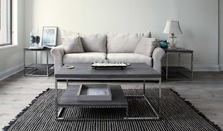 Living Room, The Glenny
