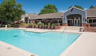 Pool, Sunbrook