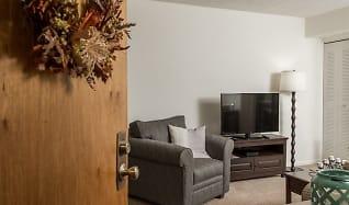 Living Room, Roxalana Hills Apartments