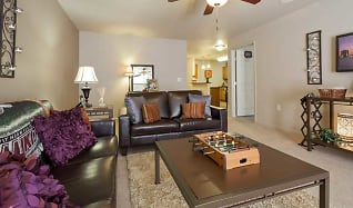 Living Room, Reserve At Saluki Pointe