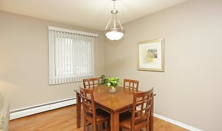 Dining Room, Granite Ridge Apartments
