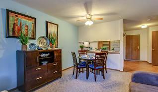 Dining Room, Parkside of Livonia - Independent Senior Living