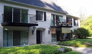 Building, Lakewood Manor