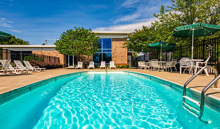 Pool, Mission College Apartments