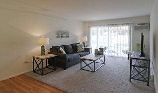 Living Room, Scenictree Apartment Homes