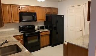 Kitchen, 603 Admiral Dr Unit 304