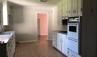 Kitchen, 909 Wehrt Street