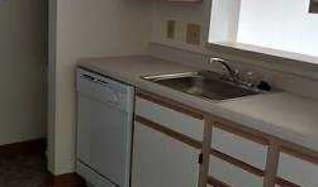 Kitchen, Breckenridge Apartments