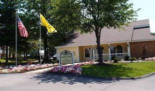 Building, Country Club Place