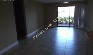 4045 Crockers Lake Blvd - 2212, Utopia, FL