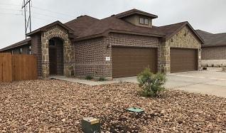 124 Hidden Springs Drive, Circle D-KC Estates, TX