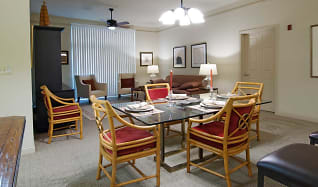 Dining Room, The Residences at the Boulevard