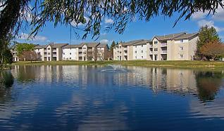 The Lakes at 8201