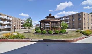 Building, Randall Park