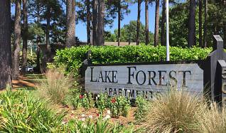 Community Signage, Lake Forest Apartments
